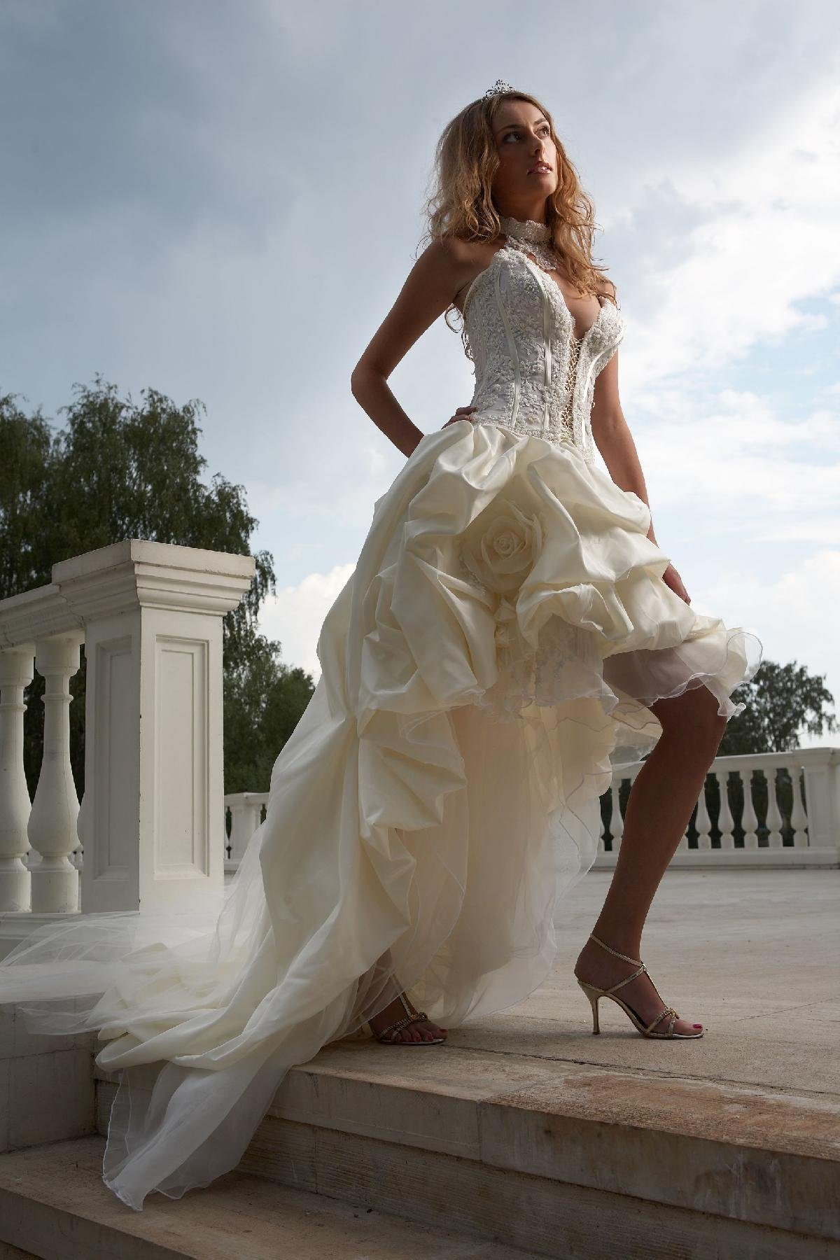 как завязать красиво бант на платье фото